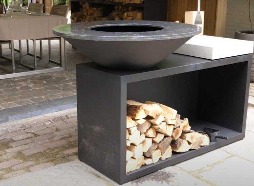 Un barbecue Ofyr avec son meuble